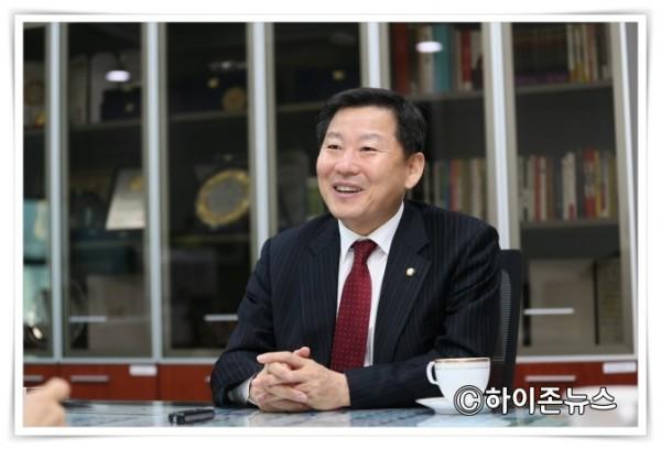 이철규국회의원.JPG